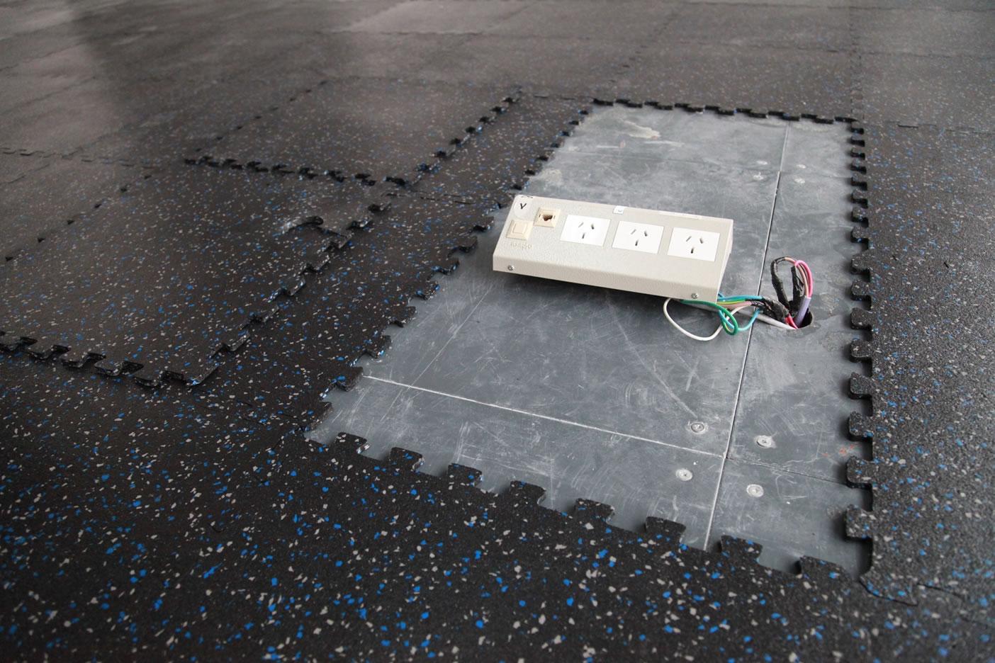 Galer a de im genes pisos de goma encastrables floor system - Alfombra de goma para piso ...